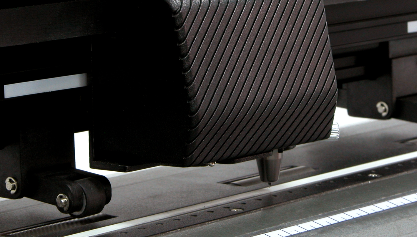 GCC Jaguar II 101s. Высочайшая скорость плоттерной резки