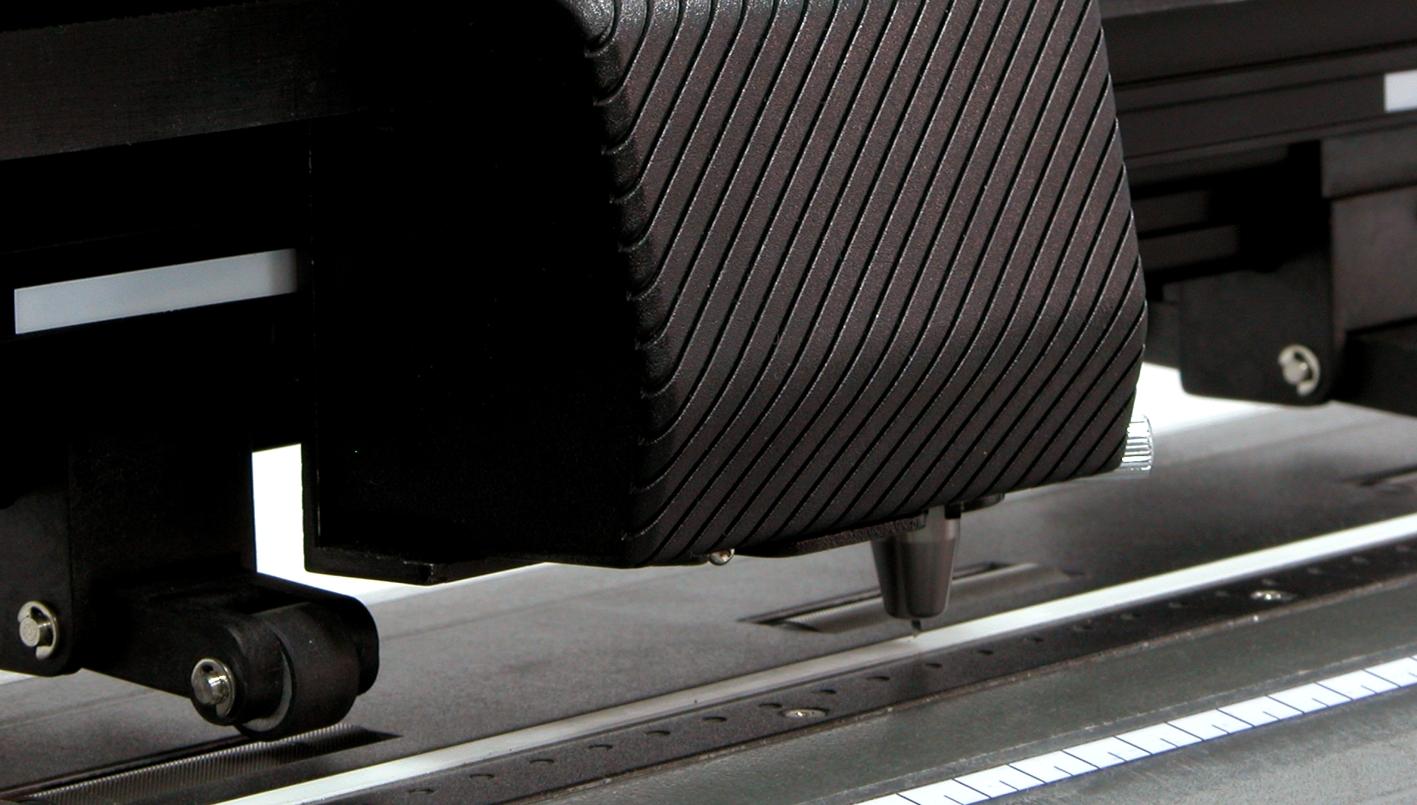 GCC Jaguar II 132s. Высочайшая скорость плоттерной резки