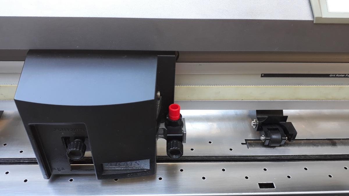 Graphtec FC7000-100. Система позиционирования