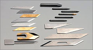 Mimaki CF2-1218RC-S. Поддержка обширного набора ножей