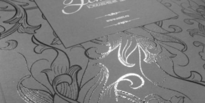 Oce VarioPrint 6000 TITAN. Печать на текстурной бумаге